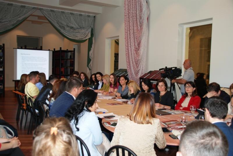 Prezantimi i punimit mbi reformen administrative